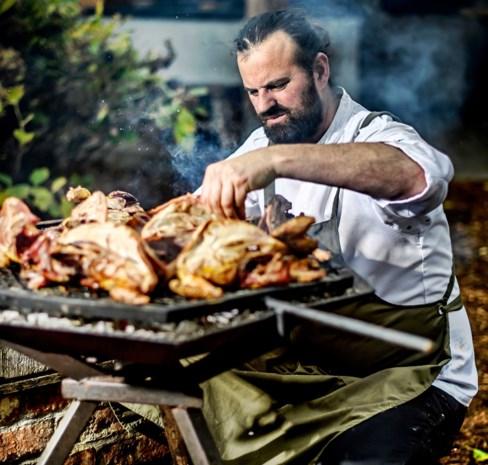 Op elke school buitengevlogen, maar nu is Willem Hiele de coolste kok van het land