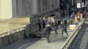Opnieuw terreur in hartje Londen: twee dodelijke slachtoffers bij steekpartij op London Bridge