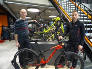 Ex-wielrenners starten samen fietsenzaak