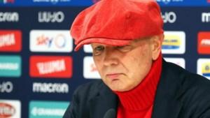 """Zieke Bologna-coach Sinisa Mihajlovic geeft in tranen persconferentie: """"Ik ben doodmoe van het huilen"""""""