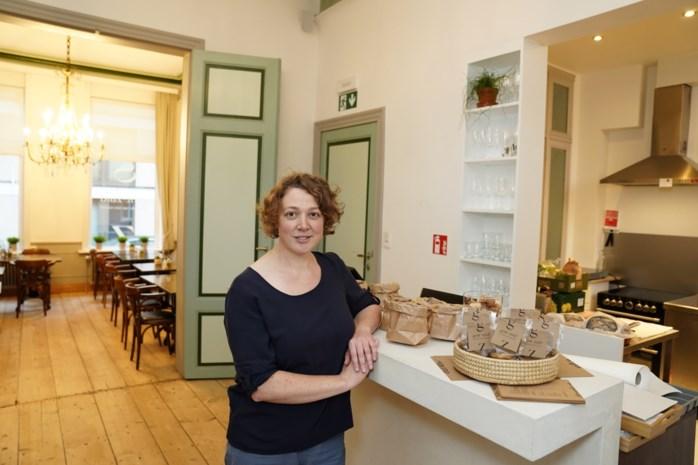 """In dit restaurant staan enkel vrouwen achter de potten: """"Allemaal vree wijze chefs die koken naargelang hun roots"""""""