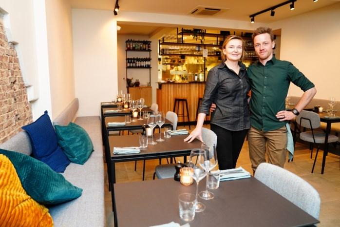 """Griet en Michiel (31) reizen Europa af voor droomlocatie restaurant en vinden die in … hun thuisstad: """"Het is nergens beter"""""""