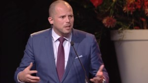 """Francken vergroot kloof met andere partijen: """"We moeten de activistische rechters stoppen en het Marrakesh-pact niet uitvoeren"""""""