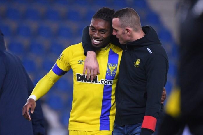 Nicky Hayen ook nog STVV-coach tegen Club Brugge