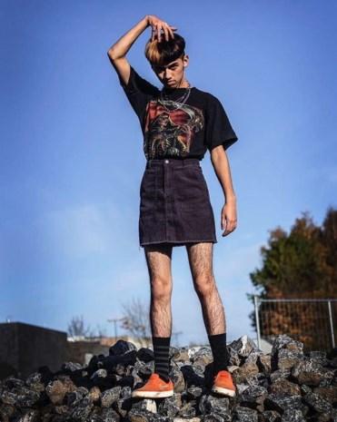 Homofobie op Twitter: 17-jarige Boran uitgescholden en bedreigd omdat hij rokje draagt
