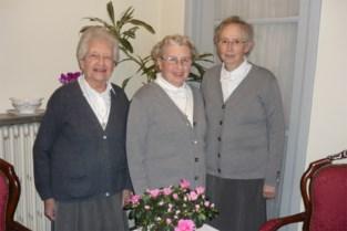 """Na meer dan 100 jaar trekken drie overgebleven zusters kloosterpoort definitief dicht: """"Zoiets doet pijn"""""""