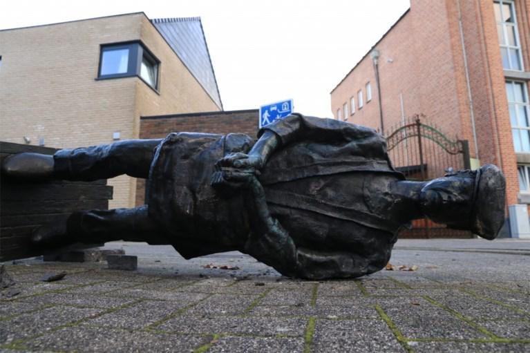 Bekend standbeeld gesneuveld na manoeuvre van bestelwagen