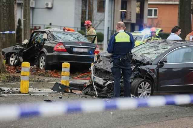 Ook vrouw overleden aan gevolgen van zware klap tussen twee voertuigen in Genk