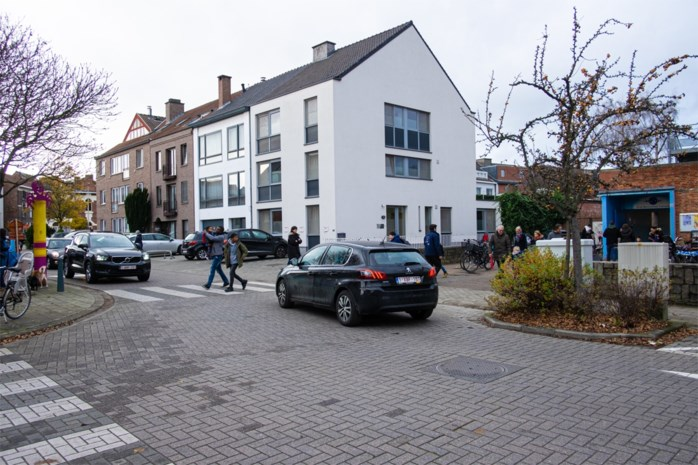 Vanaf januari wordt Lazarijstraat een schoolstraat (en dat vindt niet iedereen een goed idee)