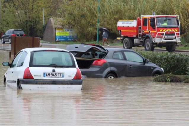 Vijf doden door noodweer in Zuid-Frankrijk: drie hulpverleners omgekomen bij helikoptercrash