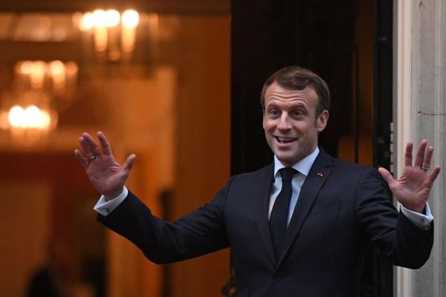 """Macron herhaalt kritiek op """"hersendode"""" NAVO en bekritiseert Turkije"""