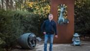"""Vlaanderen deed stad drieluik cadeau, maar die weigert het al vijftien jaar te plaatsen: """"Spijtig, het toont net onze humor"""""""
