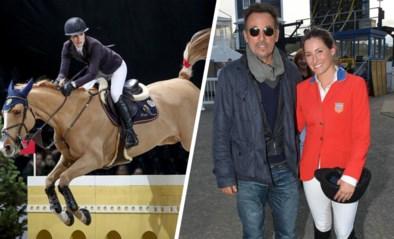 Dochter van Bruce Springsteen beklimt wereldtop op haar paard: veruit de beste van rijkeluisdochters met jumpingambities