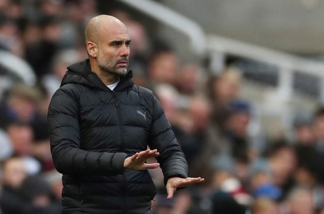 """Pep Guardiola ondanks achterstand van 11 punten op Liverpool: """"Geen transfers in januari bij City"""""""