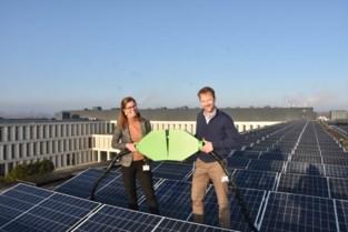 Op AZ Groeninge wordt steeds groener: nu al 4.850 zonnepanelen op het dak te vinden