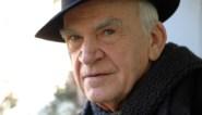 Schrijver Milan Kundera krijgt (opnieuw) Tsjechische staatsburgerschap