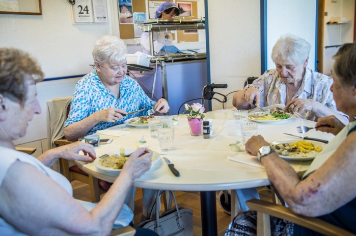 """Geen 'vers' middagmaal meer in OCMW-zorgcentra: """"Nochtans is dat hoogtepunt van de dag voor onze bewoners"""""""