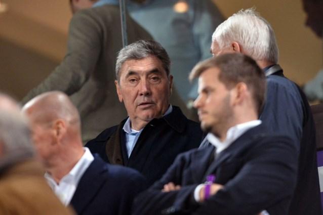 """Eddy Merckx klaar voor eerste publieke optreden na gezondheidsproblemen: """"Maar ik blijf maar een half uur"""""""