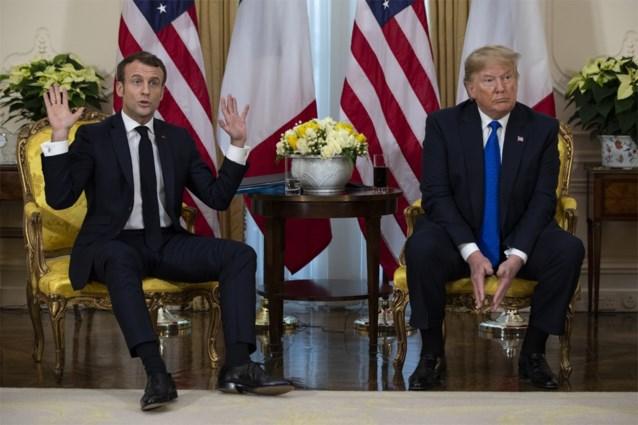 """Trump en Macron bikkelen tijdens bizarre persconferentie: """"Wil je een paar aardige ISIS-strijders? Ik zou ze je kunnen geven"""""""