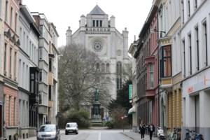 """Groen licht voor Delhaize, maar Sint-Annakerk zelf """"blijft eigendom van de Gentenaars"""""""