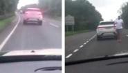 Bestuurder intimideert vrouw omdat zij zijn auto zou beschadigd hebben, maar dat blijkt niet helemaal te kloppen