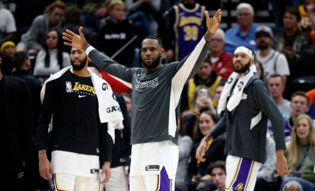Mooi gebaar van LeBron James in de NBA (maar dat werd tijdens de wedstrijd allesbehalve gesmaakt)