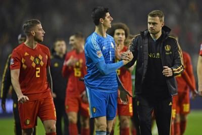 Waarom bondscoach Roberto Martinez op het EK doelman Courtois moet wisselen voor de strafschoppen. Of niet...