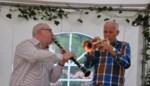 Doodzieke trompettist (60) met ambulance naar afscheidsconcert met muziek die speciaal voor hem werd geschreven