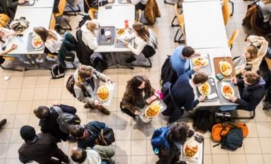 """Jongeren verdikken gemiddeld bijna 4 kilo tijdens hun studententijd: """"Op latere leeftijd wreekt zich dat"""""""