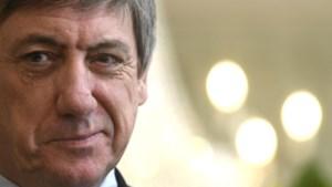 Wie Vlaams minister is, zwijgt beter over federale formatie