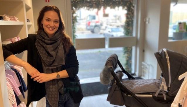 """Dieven proberen voor 5.000 euro kleren te stelen, maar dat is buiten ex-Miss België gerekend: """"Hier word ik enorm kwaad van"""""""