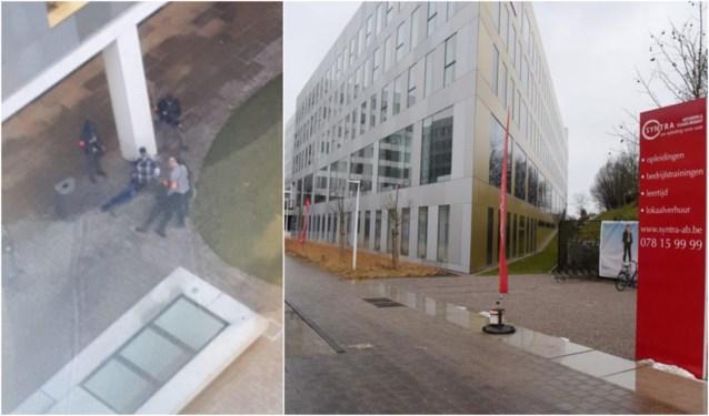 Politie rukt uit naar Syntra-campus na melding van gewapende man
