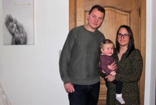 """Ouders van sterrenkindje Marie-Lou organiseren herdenking voor lotgenoten: """"Hoe zwaar het ook is, blijf vooral praten over je kind"""""""