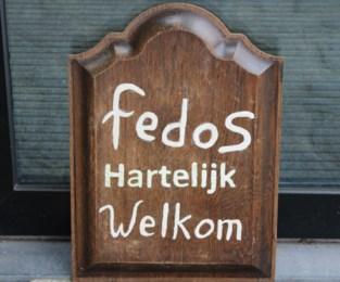 Foto. Kaartersclub Fedos in feeststemming