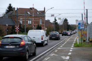 Nieuwe verkeersborden tegen Blocking Back