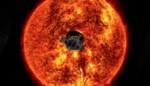 Verbluffende beelden: nooit kwam NASA zo dicht bij de zon