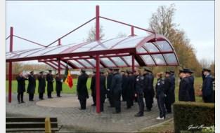Brandweerzone Centrum Post Lochristi brengt eregroet aan overleden collega's