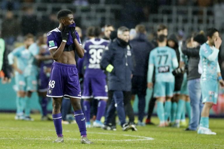 Inspiratieloos Anderlecht raakt ook niet voorbij Charleroi: zesde keer 0-0 dit seizoen