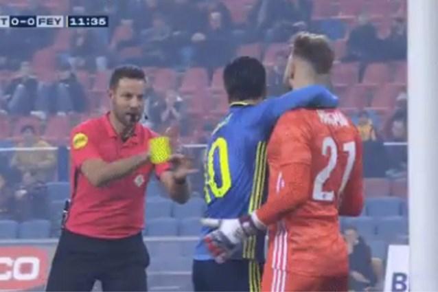 """Gemiste penalty levert opmerkelijk tafereel op in Nederland: """"Snapt u het nog?"""""""