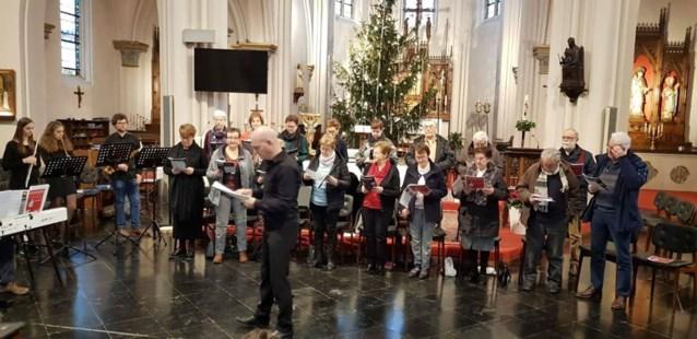 Davidsfonds zingt kerstliederen in woonzorgcentrum