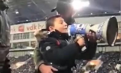 """7-jarige fan steelt de show in de spionkop van de Ghelamco Arena: """"Gantooooise!"""""""