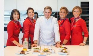 Brussels Airlines en chef Tim Boury slaan de handen in elkaar