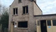 """Vrienden springen in de bres voor koppel dat woning verliest in brand: """"Alles is kapot, ze hebben niets meer"""""""