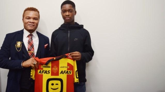 KV Mechelen geeft eerste profcontract aan Dirk Junior Asare