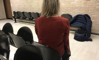 """Vrouw crasht met 4,12 promille in het bloed, maar krijgt verkeerscursus: """"Ik zie dat je geleerd hebt uit je fouten"""""""