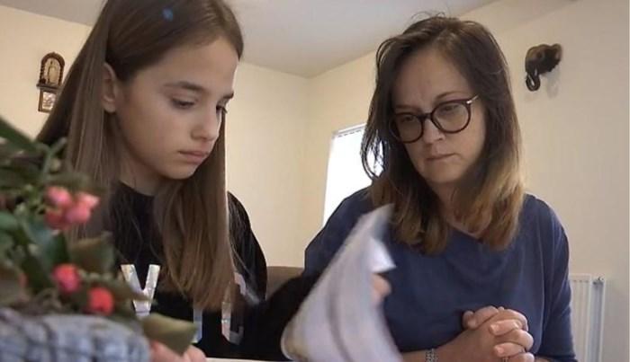 """Vader van in elkaar geslagen meisje (13): """"Lindsay verandert allicht van school"""""""