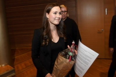"""Finse Sanna Marin is met haar 34 jaar 's werelds jongste premier: """"Nooit nagedacht over mijn leeftijd of geslacht"""""""