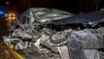 Tesla volledig perte totale na botsing met lichte vrachtwagen