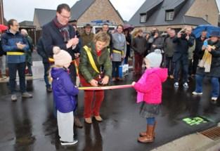 Vernieuwde Warandestraat feestelijk geopend