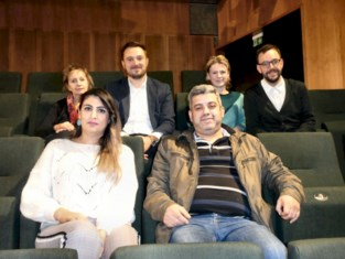 'All Inclusive', controversiële voorstelling over oorlogsgeweld met voormalige vluchtelingen uit Deinze